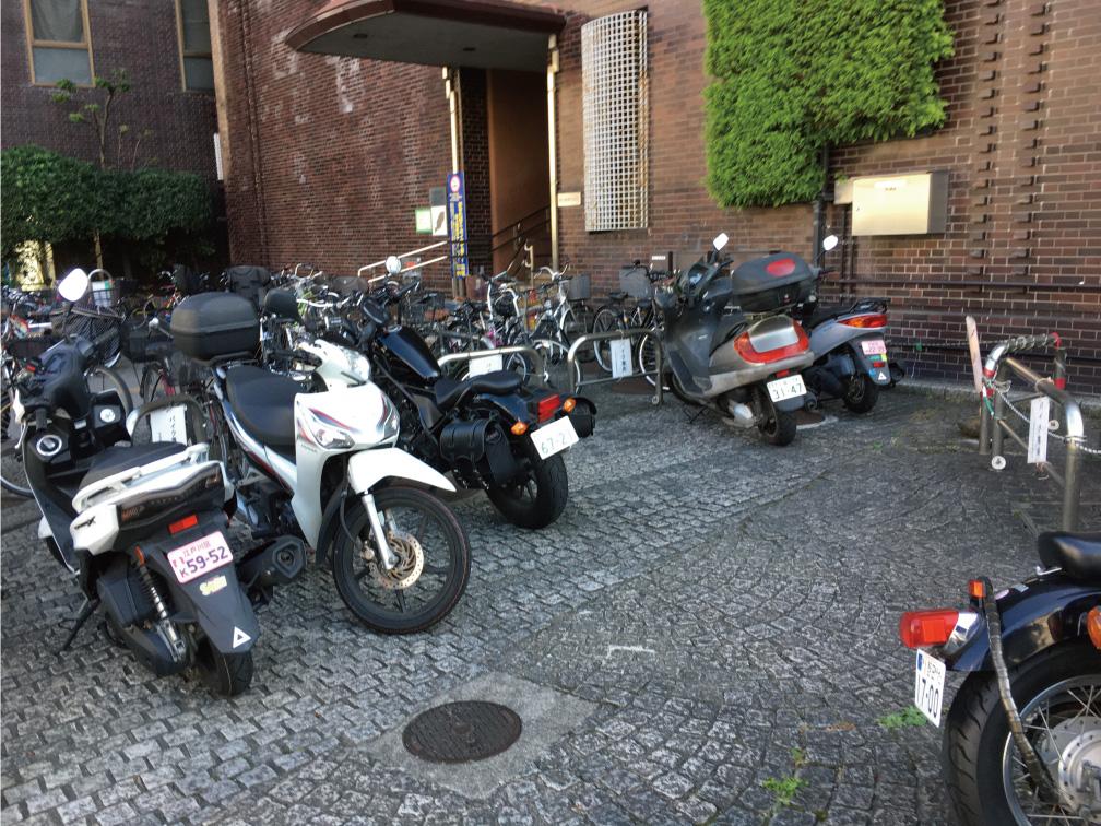 中央区バイク置き場1