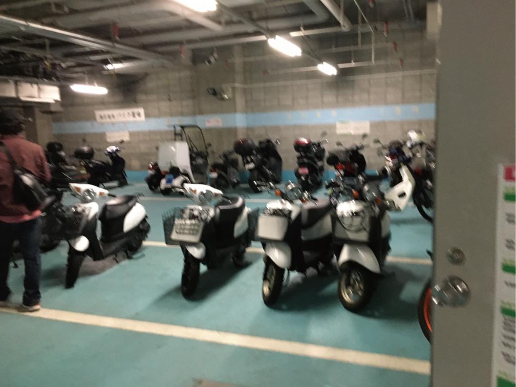 練馬区役所地下バイク駐輪場