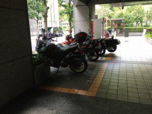 港区役所バイク駐輪場1